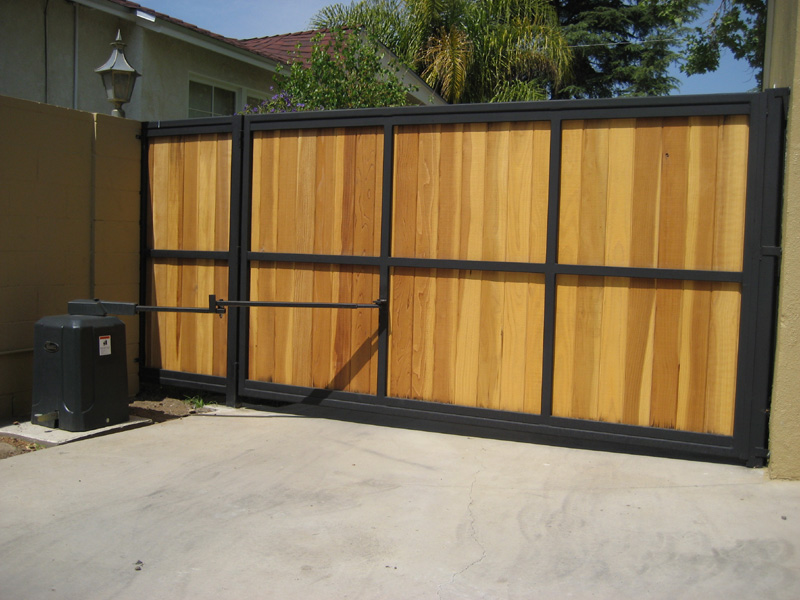 here is an what to look for in an electric gate opener the type of gate swing